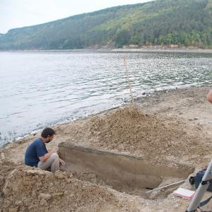 Cambridge archaeologists excavate a Palaeolithic site in western Ukraine